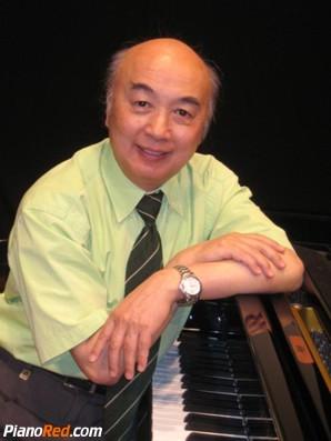 Dan Zhaoyi pianista
