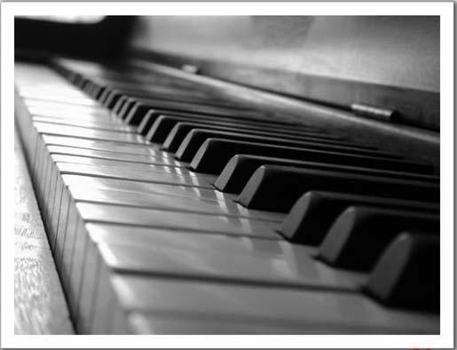 Improvisación en piano.